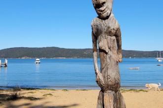 Patonga carved figure